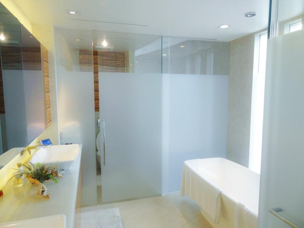 Shower Enclosures - All media Glass & Metal Inc.
